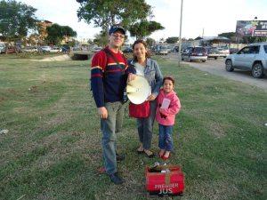 Pastor Peniel, Mina e Deborah