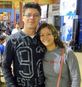 Pastor Peniel Dourado e Missionária Mina A. Dourado